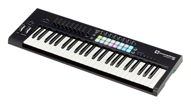 MIDI-клавиатура 49 клавиш Novation Launchkey 49 Mk2 цена и фото