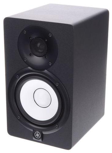Активный студийный монитор Yamaha HS5 активный студийный монитор yamaha hs7