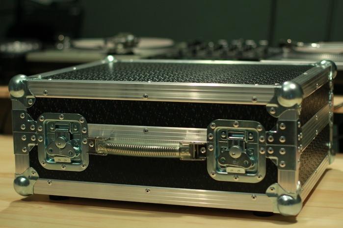 Кейс для диджейского оборудования 12'' Inch Turntable Case Black аксессуары для виниловых проигрывателей michell engineering vta adjaster