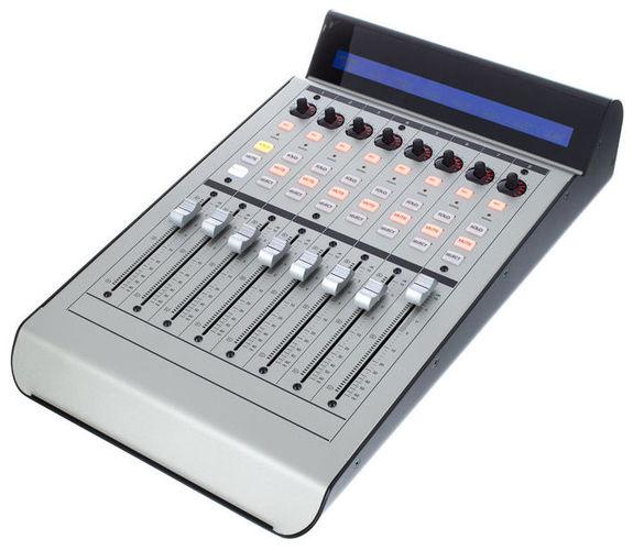 Контроллер, элемент управления Mackie Control XT Pro контроллер элемент управления contour design shuttle pro v 2