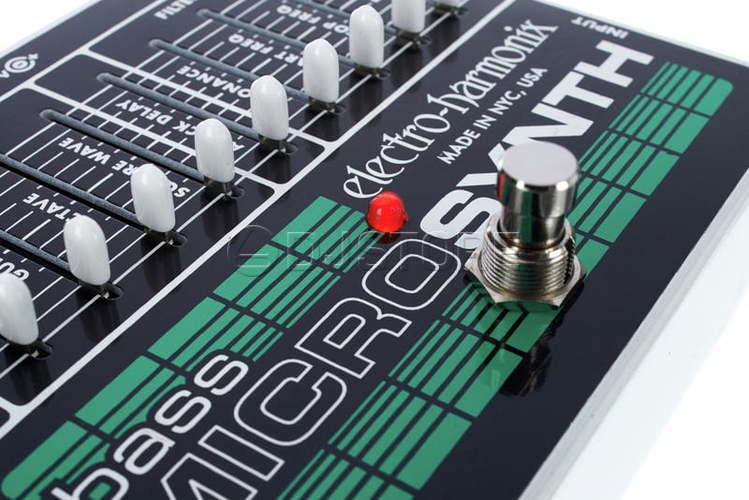 Педаль для бас-гитары Electro-Harmonix Bass Micro Synth
