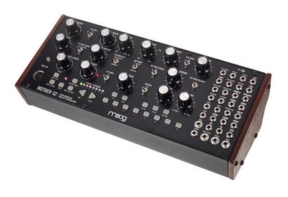 Звуковой модуль Moog Mother-32 внешний звуковой модуль егерь авзм без кабеля
