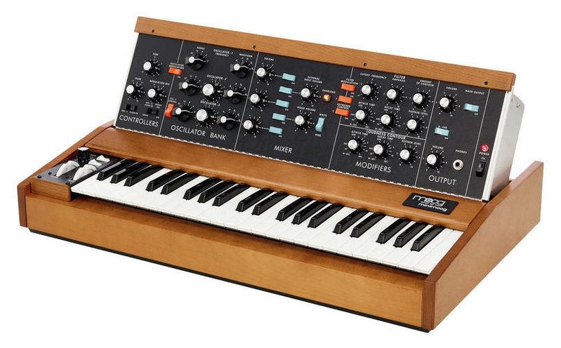 Синтезатор Moog Minimoog Model D синтезатор moog werkstatt