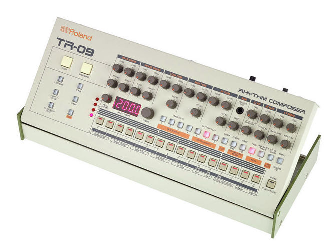 Драм-машина Roland TR-09 драм машина roland aira tr 8