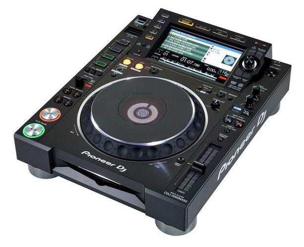 CD проигрыватель Pioneer CDJ-2000 NXS2 dj cd проигрыватель pioneer cdj 850