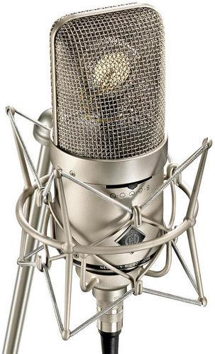 Микрофон с большой мембраной для студии Neumann M149 микрофон с маленькой мембраной neumann km 184