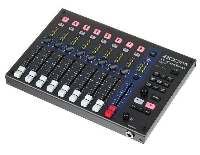 Контроллер, элемент управления Zoom F-Control