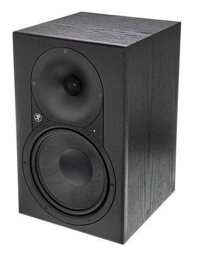 Активный студийный монитор Mackie XR824 активный студийный монитор tannoy reveal 402