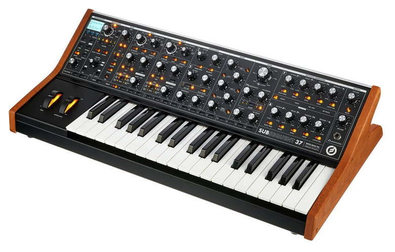 Синтезатор Moog Subsequent 37 синтезатор moog werkstatt