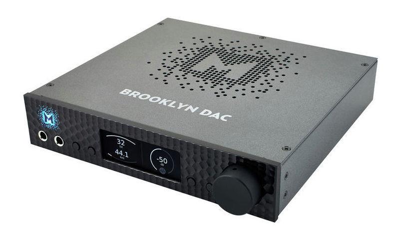 ЦАП-АЦП конвертер Mytek Digital Brooklyn DAC Black цап ацп конвертер benchmark dac3 hgc b