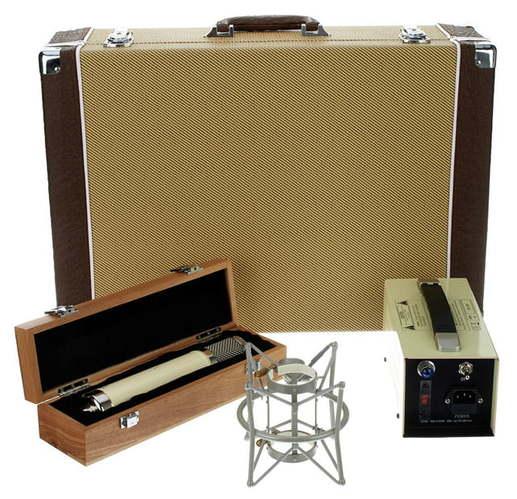 Микрофон с большой мембраной для студии Avantone BV-12 eglo calnova 94715