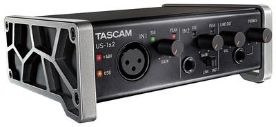 цена на Звуковая карта внешняя Tascam US-1×2