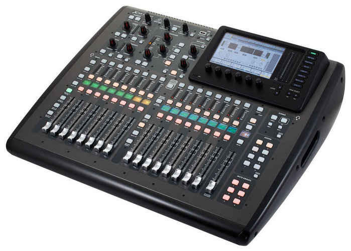 Цифровой микшер Behringer X32 Compact behringer x32 compact