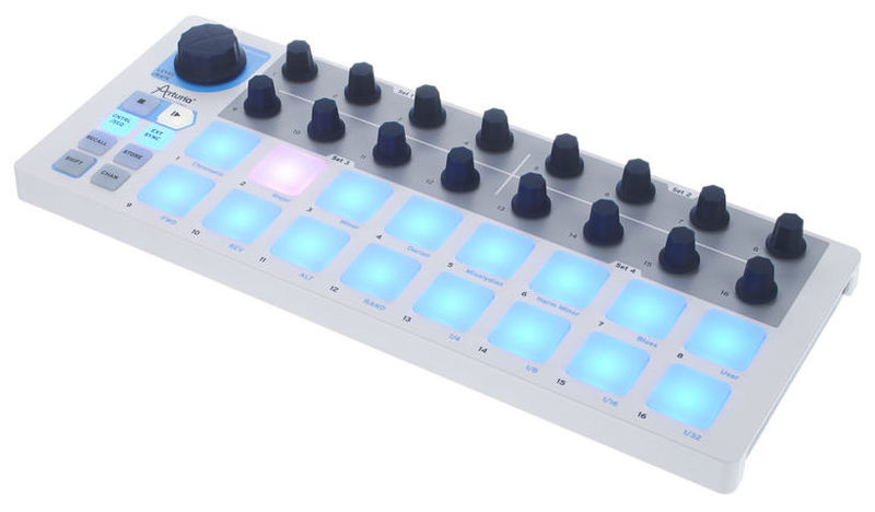 MIDI, Dj контроллер Arturia BeatStep midi dj контроллер dj techtools midi fighter twister wh
