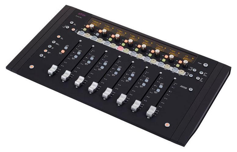 MIDI-USB контроллер Avid Artist Mix avid avid venue dsp mix engine card