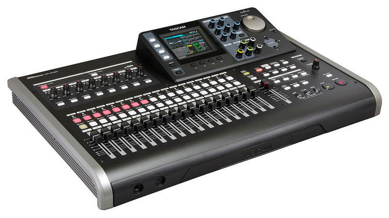 Рекордер Tascam DP-24SD tascam cd 200i
