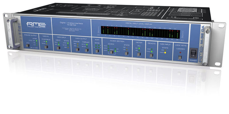 ЦАП-АЦП конвертер RME M-32 DA цап ацп конвертер benchmark dac3 hgc b