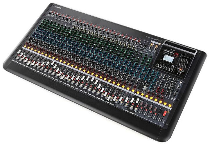 32-канальный микшер Yamaha MGP32X 32 канальный микшер behringer sx3242fx eurodesk
