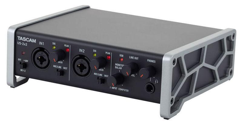 цена на Звуковая карта внешняя Tascam US-2x2
