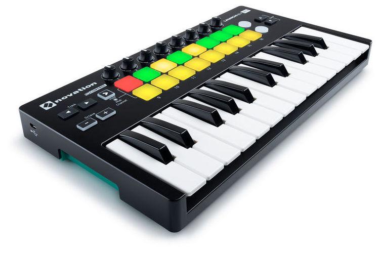 купить MIDI-клавиатура 25 клавиш Novation Launchkey Mini MK2 недорого