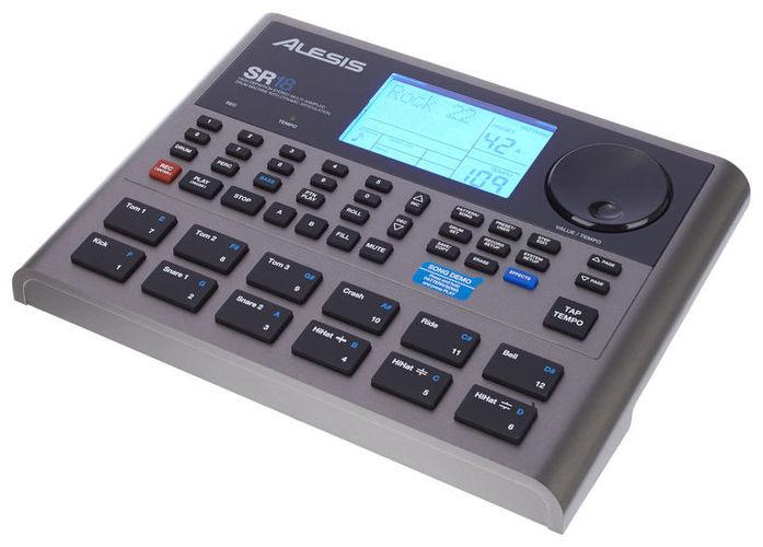 Звуковой модуль для установок Alesis SR18 alesis q49