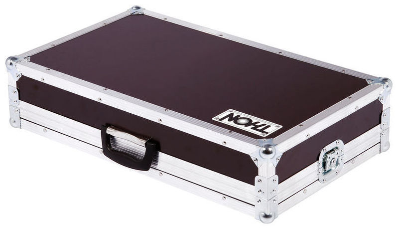 Кейс для гитарных эффектов и кабинетов Thon Case Zoom G9.2TT кейс для диджейского оборудования thon case numark tt 200
